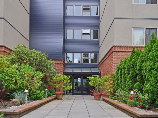 275 W Roy St APT 412, Seattle, WA 98119