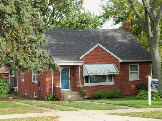 4503 Fairview Ave, Downers Grove, IL 60515