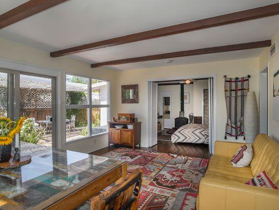 3952 Foothill Rd, Santa Barbara, CA 93110