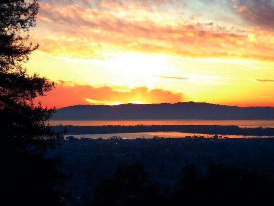 7507 Sunkist Dr, Oakland, CA 94605