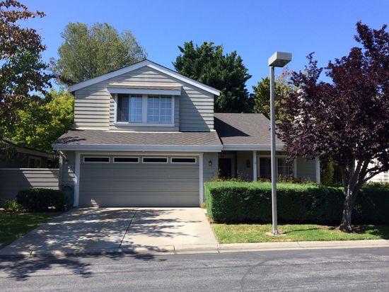 704 Newport Cir, Redwood City, CA 94065