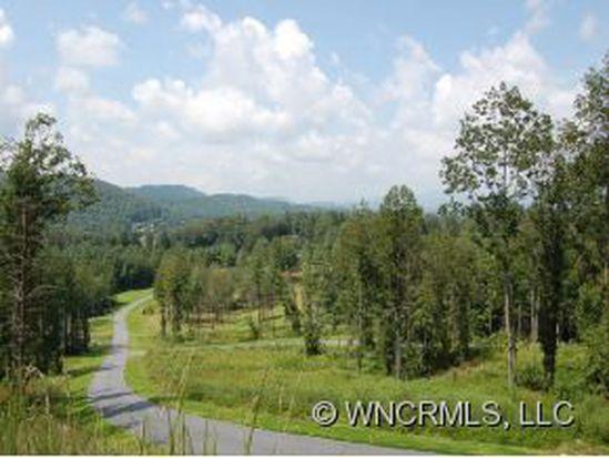2 Crystal Creek Ln, Hendersonville, NC 28739