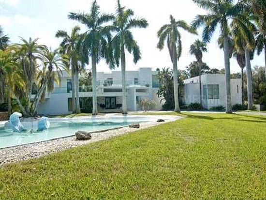 850 Pinellas Point Dr S, St Petersburg, FL 33705