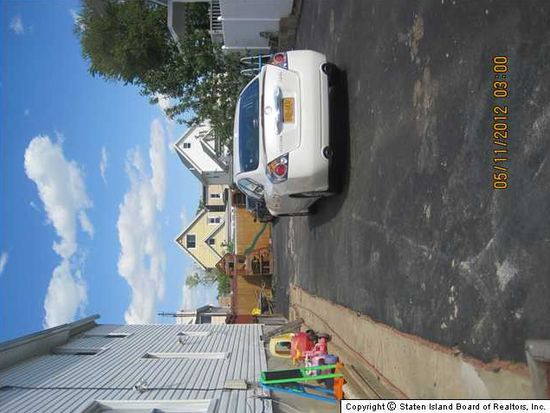 83 Union Ave, Staten Island, NY 10303