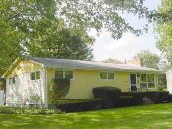 57 Camden Rd, Narragansett, RI 02882