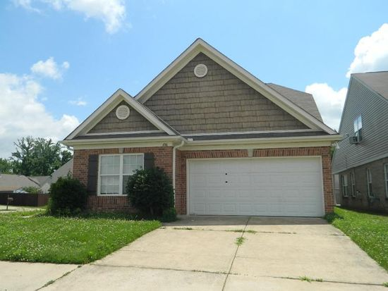 4746 Royal View Dr, Memphis, TN 38128