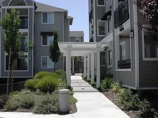 1982 W Bayshore Rd APT 132, East Palo Alto, CA 94303