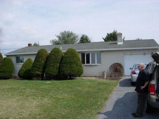 647 Ridge Rd, Shoemakersville, PA 19555