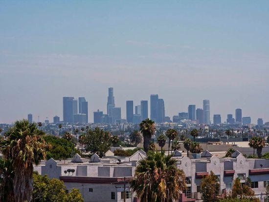 5633 Carlton Way # 401, Los Angeles, CA 90028