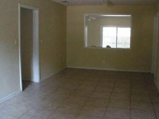 6244 Pine Bluff Dr, Jacksonville, FL 32211