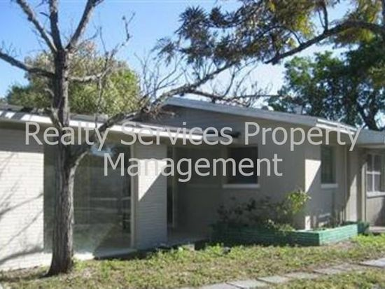1527 Veronica S Shoemaker Blvd, Fort Myers, FL 33916