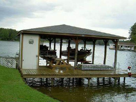 102 Island Dr NE, Milledgeville, GA 31061