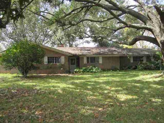 15046 Brush Island Rd, Winnie, TX 77665