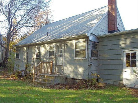 50 Sheraton Dr, Poughkeepsie, NY 12601