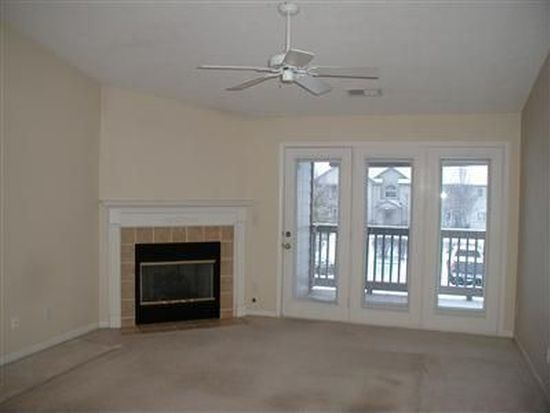 1815 Piper Ln APT 205, Centerville, OH 45440