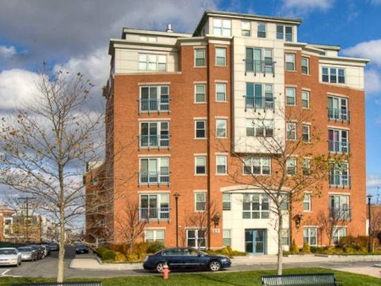 113 Sumner St UNIT 21, Boston, MA 02128