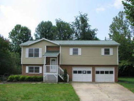 2306 Rolling Hills Ct, Lenoir, NC 28645