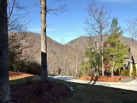 34 Windsong Dr, Fairview, NC 28730