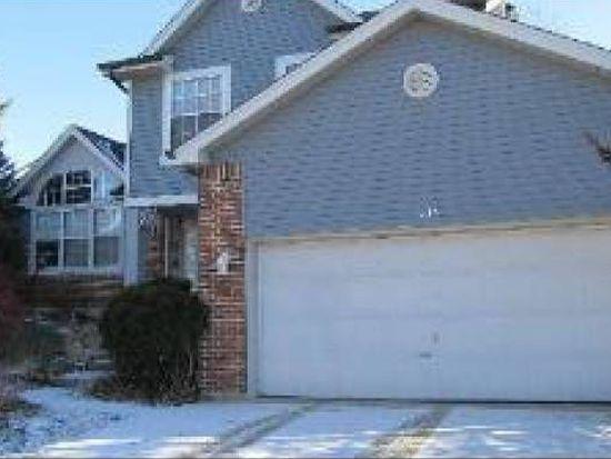 1015 Oak Ridge Dr, Streamwood, IL 60107