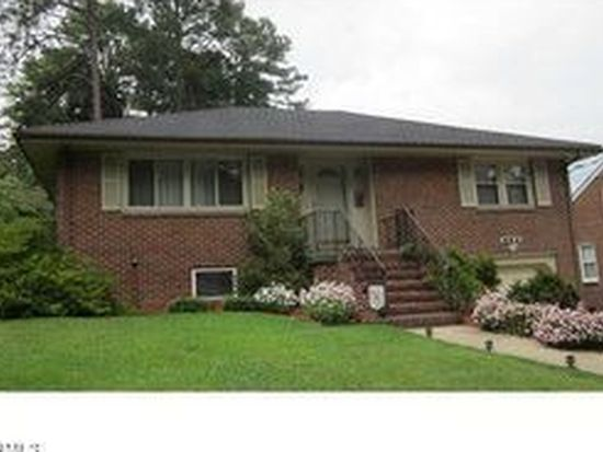 904 Center Ave, Colonial Heights, VA 23834