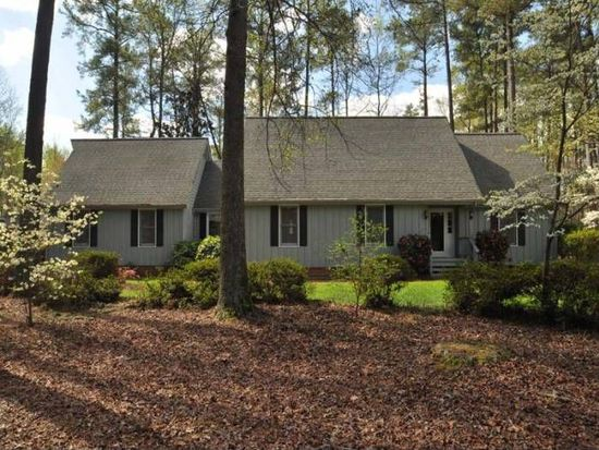 8113 Netherlands Dr, Raleigh, NC 27606