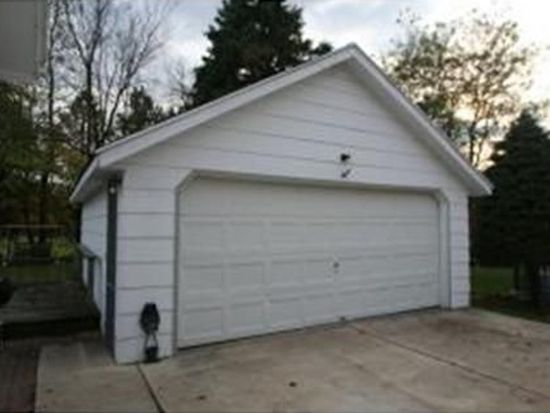 2839 Brookview Dr, Green Bay, WI 54313