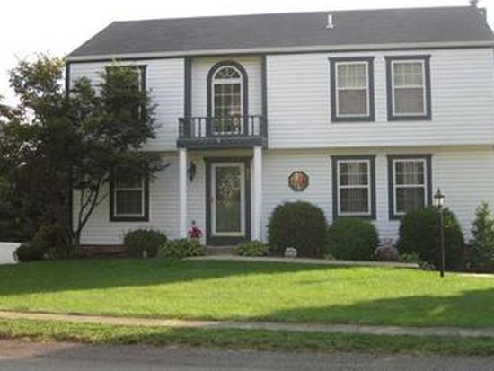 229 Jaclyn Dr, Cranberry Township, PA 16066