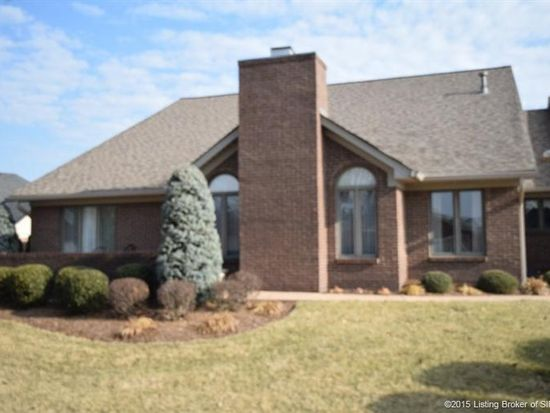 3276 Country Club Ln, Jeffersonville, IN 47130