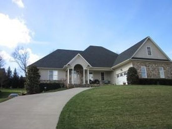 1006 Willows Trace Dr, Johnson City, TN 37601