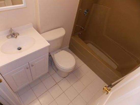 3 Tideview Path APT 10, Plymouth, MA 02360