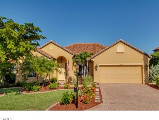 12484 Country Day Cir, Fort Myers, FL 33913