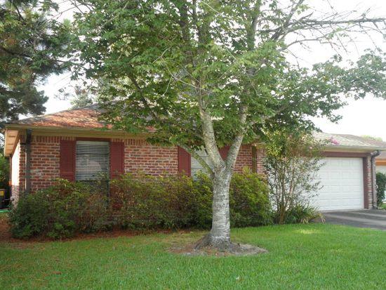 9155 Mockingbird Ln, Beaumont, TX 77707