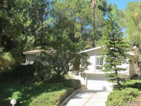 8421 Rudnick Ave, Canoga Park, CA 91304