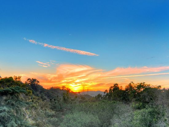 120 E Skyline Dr, La Habra Heights, CA 90631