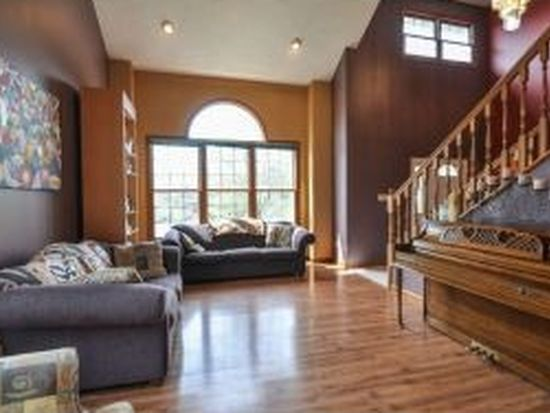 3121 E Tapps Turn, Bloomington, IN 47401