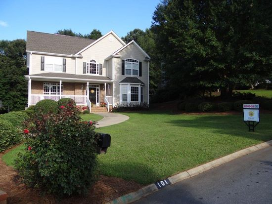 101 Golf View Ln, Greenville, SC 29609