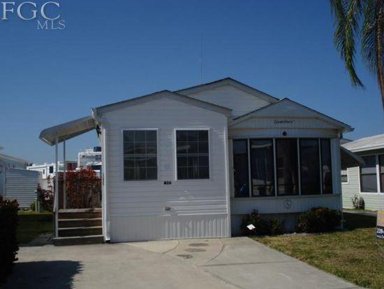 11055 Stardust Dr, Fort Myers, FL 33908