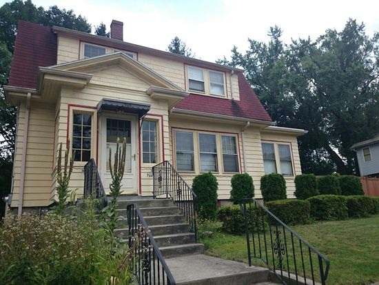 546 Weld St, Boston, MA 02132