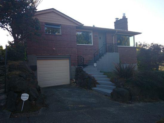2743 Garlough Ave SW, Seattle, WA 98116