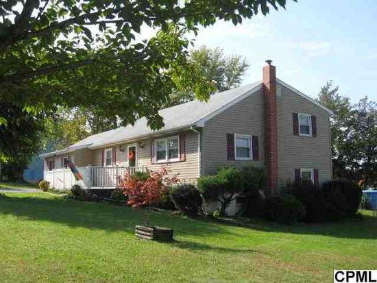 355 Fairway Dr, Etters, PA 17319