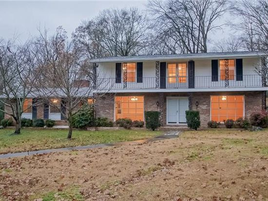 110 Cherry Hill Dr, Hendersonville, TN 37075