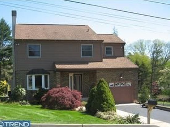 109 Columbia Ave, Newtown Square, PA 19073