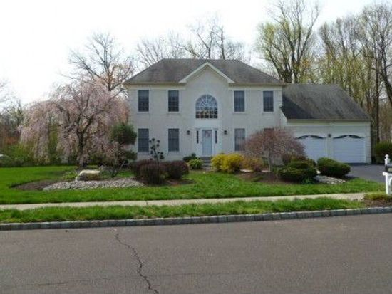 1051 Country Hills Rd, Yardley, PA 19067
