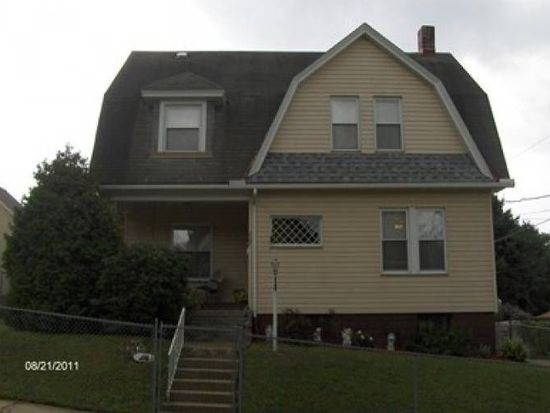 207 Bishop Ave, Oil City, PA 16301