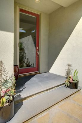 1151 Heatherside Rd, Pasadena, CA 91105