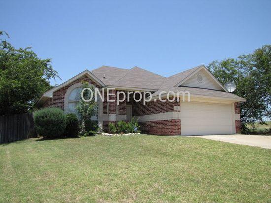 509 Fairhaven Ct, Burleson, TX 76028