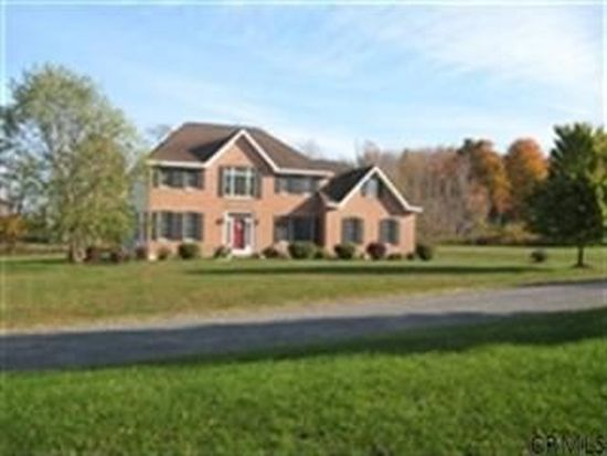 2 Crimson Ct, Castleton On Hudson, NY 12033