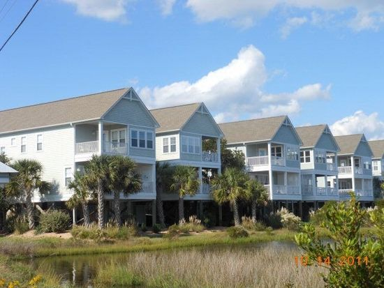 200B N Boca Bay Ln, Surf City, NC 28445