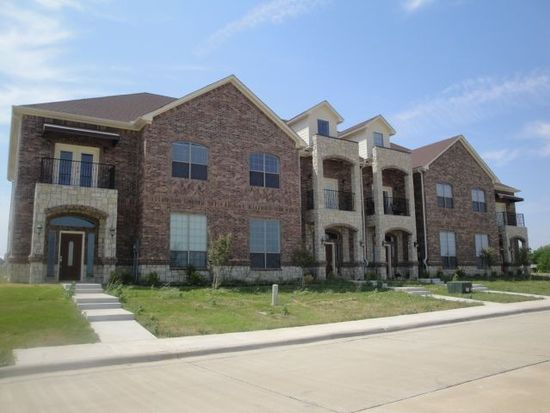 1126 Newcastle Dr, Weatherford, TX 76086