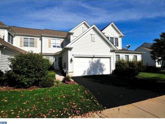 29 Trewbridge Ct, Princeton, NJ 08540